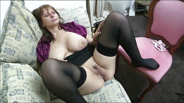 Esclavo dominación femenina zorras cogiendo